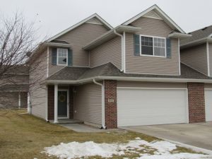 SOLD ~ Beautiful South Lincoln Townhome