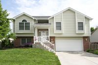 Move-In Ready Split Foyer in SW Lincoln - Lincoln, Nebraska